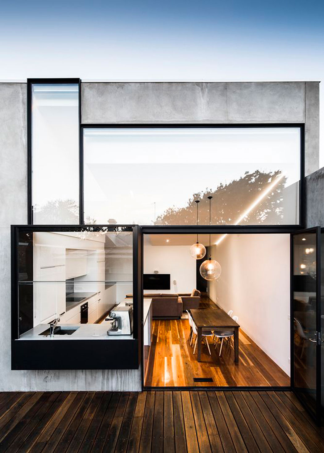 HERO-Glass-Concrete-Modern-home-Architecture-ITCHBAN.com