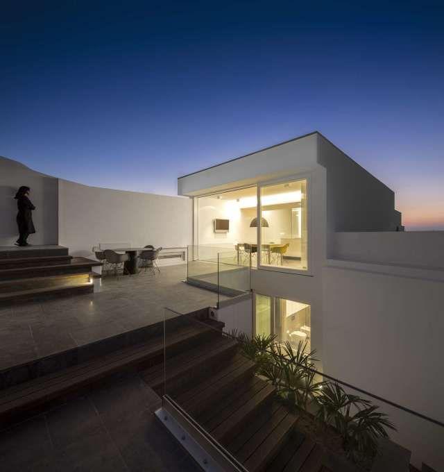 Paradise dream house ITCHBAN.com