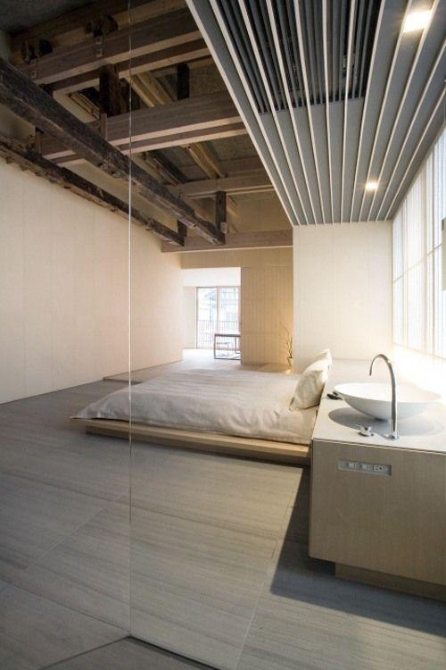 Glass Bedroom ITCHBAN.com.