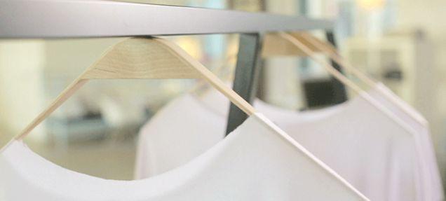 Magnet Innovative Clothing Hangar ITCHBAN.com.