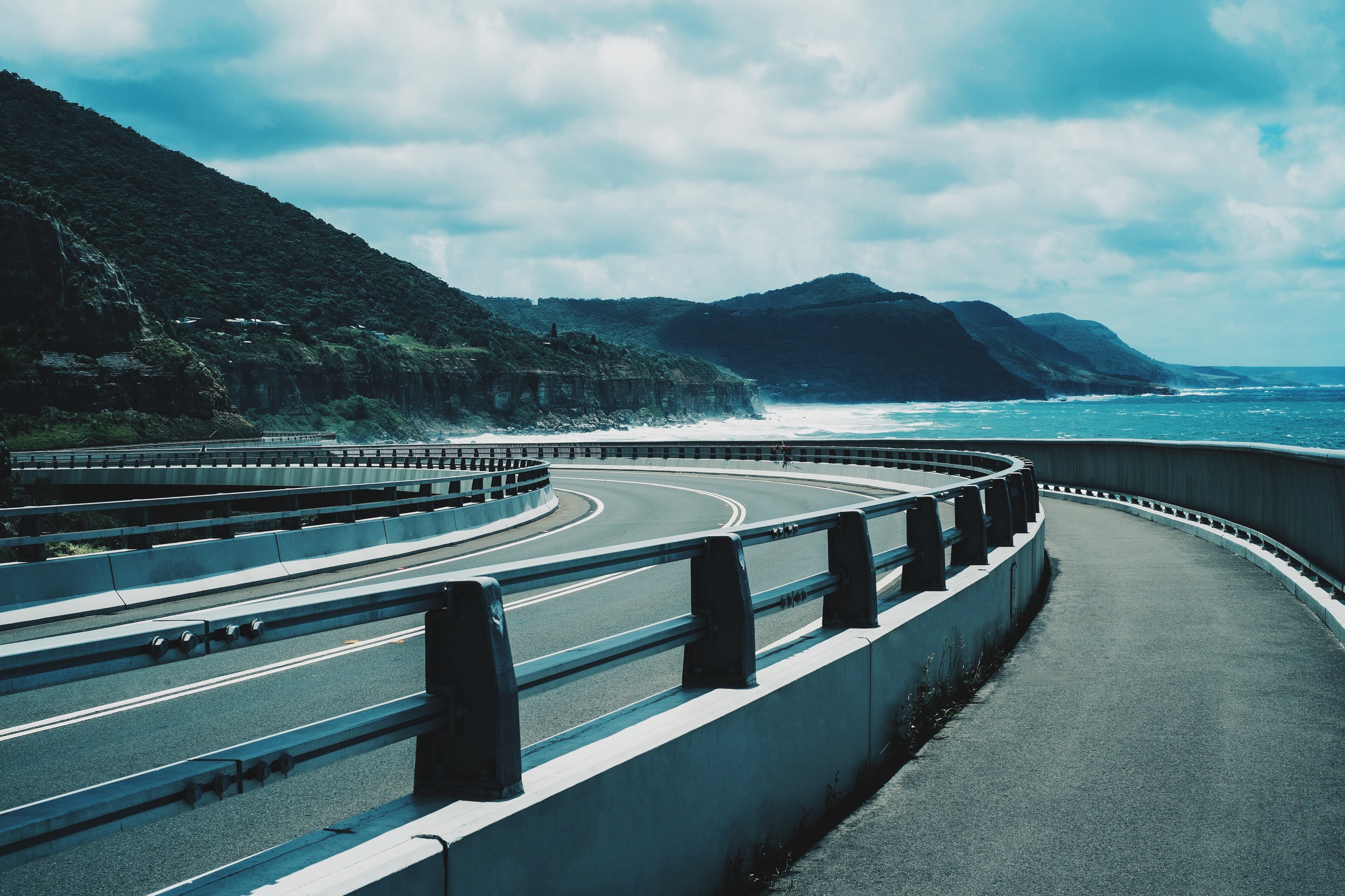 Photo-Set-1-Cliff-Shore-Drive-02 ITCHBAN.com