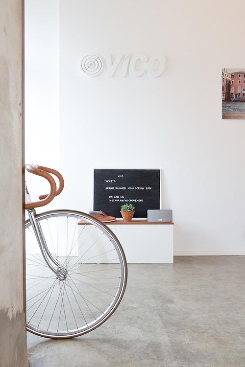 Clean interior design for bike shop ITCHBAN.com