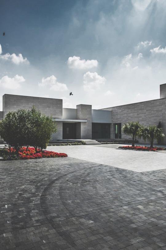 Minimalist gray concrete modern house design architecture ITCHBAN.com