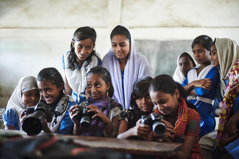 kids-photography-workshops-bangladesh-3.jpg