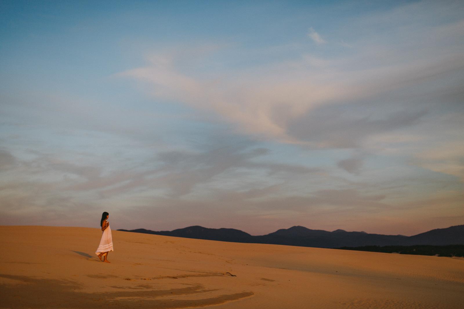 Desert Moon-Dean Raphael-4.jpg