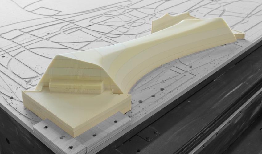 ztable-asteriskos-organic-maya-table-fabrication-modern-foam-furniture-process-cnc-smooth-1.jpg