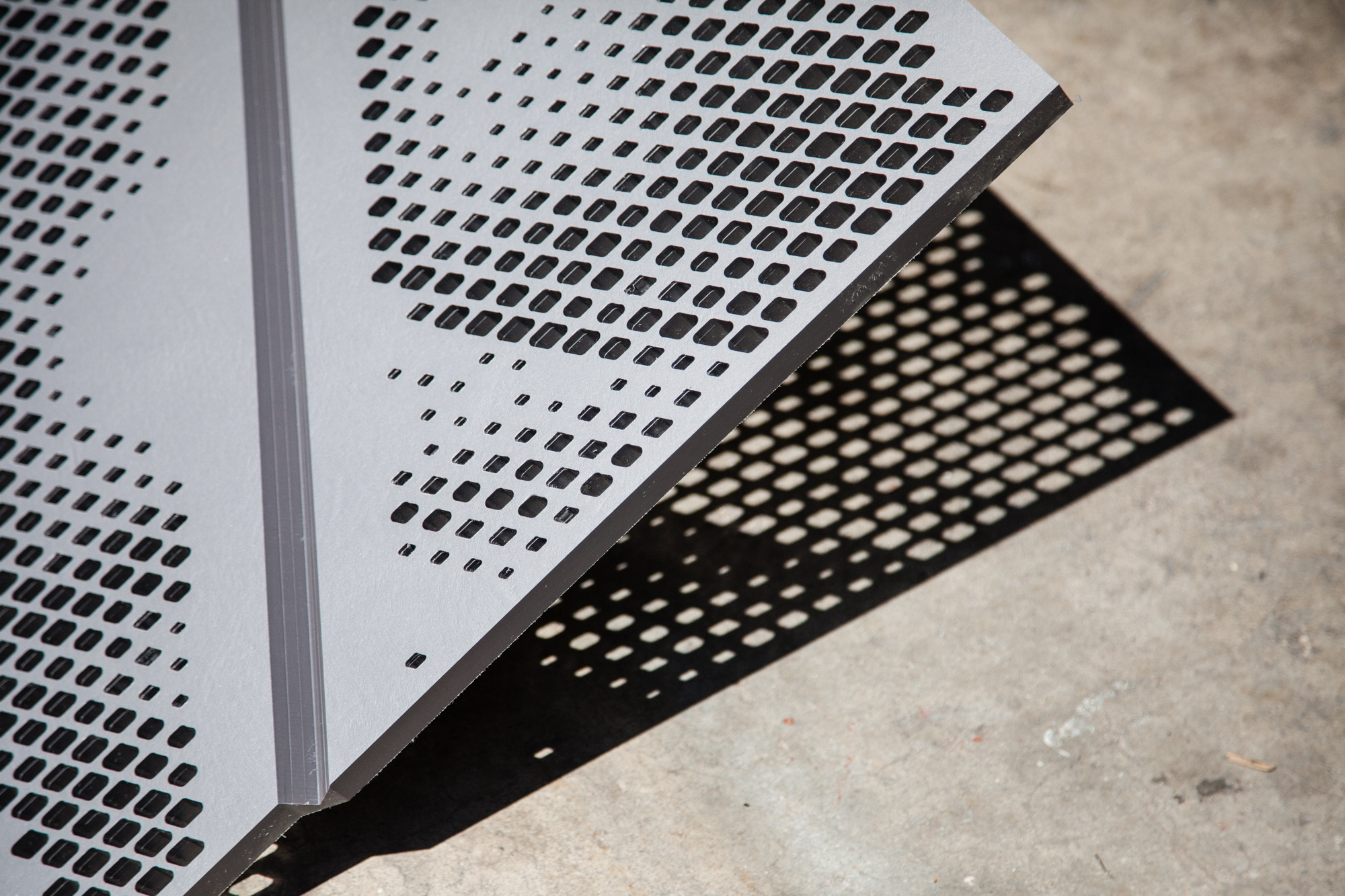 Asteriskos-Design-Digital-Fabrication-Mary-O'Connor-Memorial-Transit-Shelter-Architekton-Tempe-Panel-Perforations-Shadow.jpg