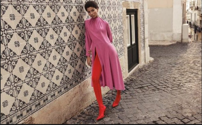 Net a Porters Spring Summer campaign featured models in only red and pink.