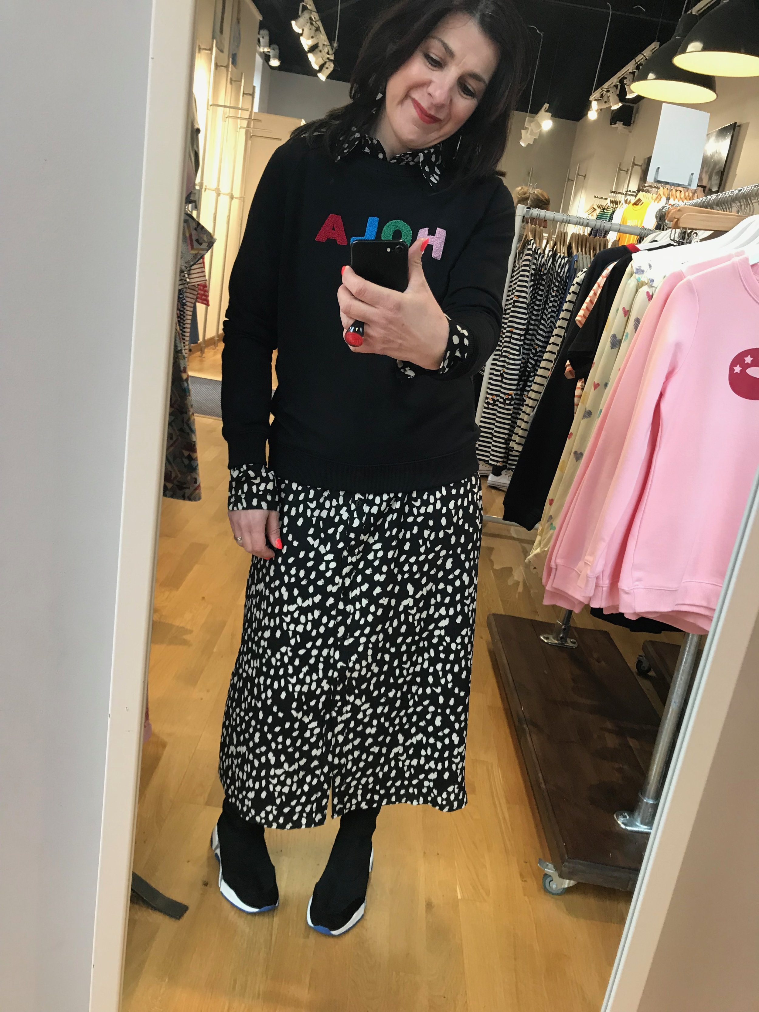 Spot Shirt Dress / Hola Sweatshirt