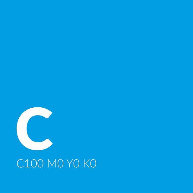 C M Y K /  cyan, magenta, yellow, black. De 4 trykkfargene som samlet utgjør hele fargespekteret i 4-fargetrykk.  Vi kan levere det du eller din bedrift trenger av trykksaker, plakater, storformat, banner, rollup, konvolutter osv. Vi ser frem til å høre fra deg!