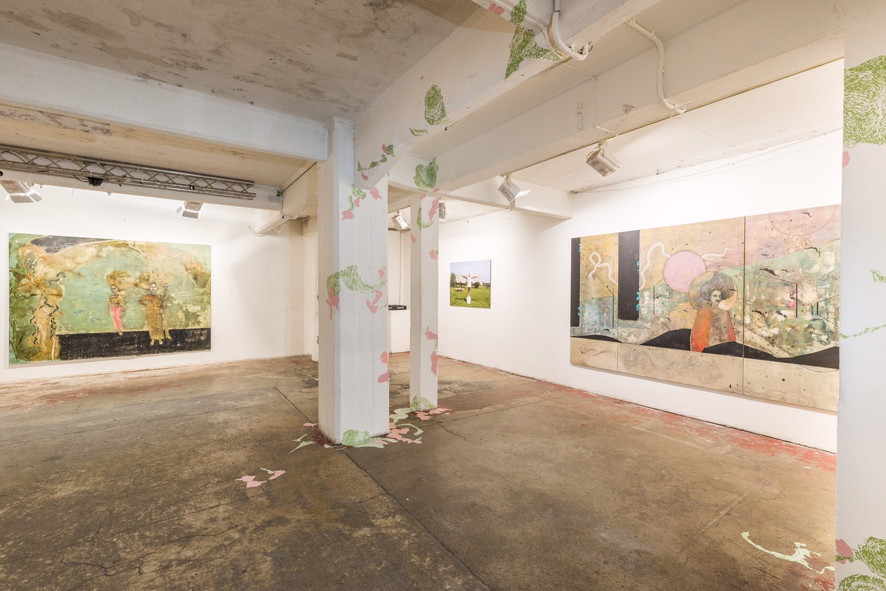 Paintings by Robina Doxi. Installation piece on pillars, by Sejal Parekh and David Wood.