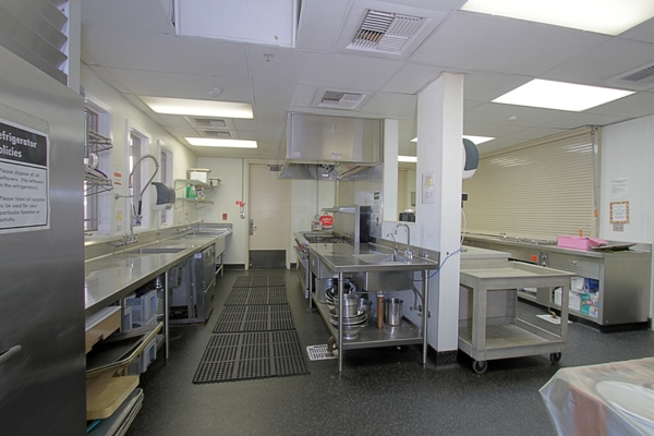 SGLH Kitchen 1.jpg