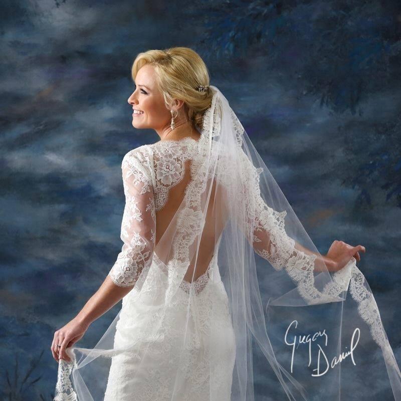 Jennifer Bridal Portrait 3.jpg