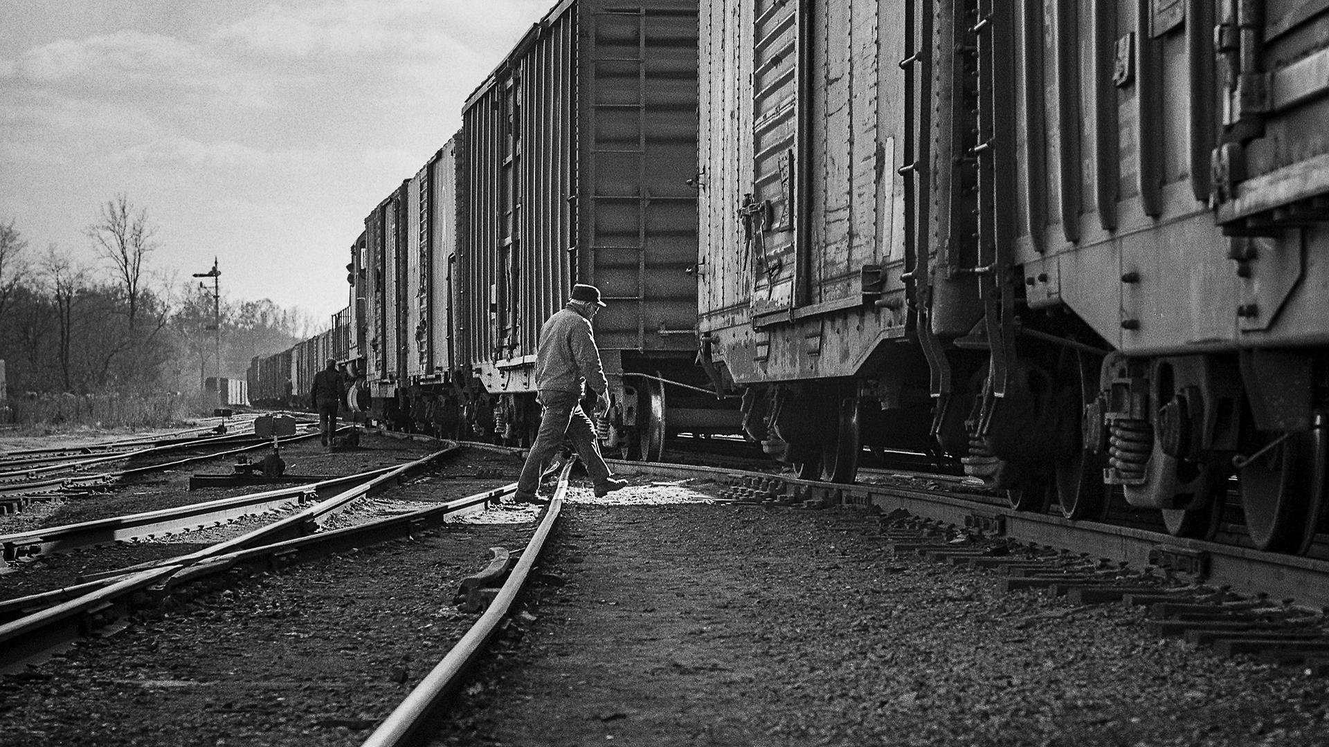 McDoel Yard-091-Jim Maire-1973-Edit.jpg