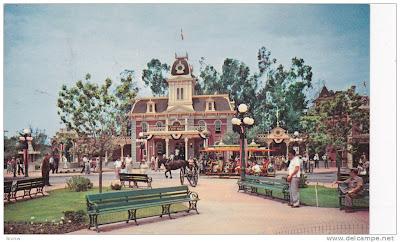 Main Street Town Sq. Disneylandold postcard
