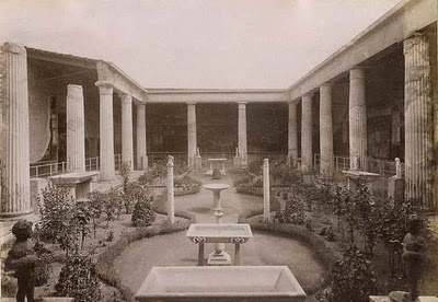 Restored peristyle from Pomeii/ 1890 photograph www.bible-architecture.info