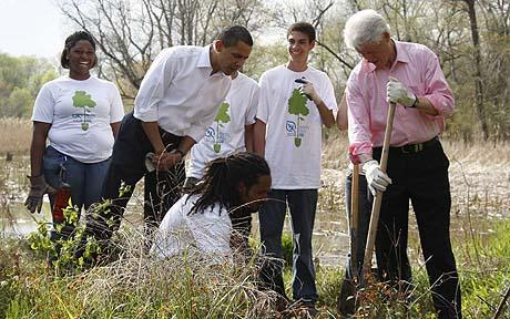 Bill Clinton and Barack Obama working together. Why can't politicians do this more often?