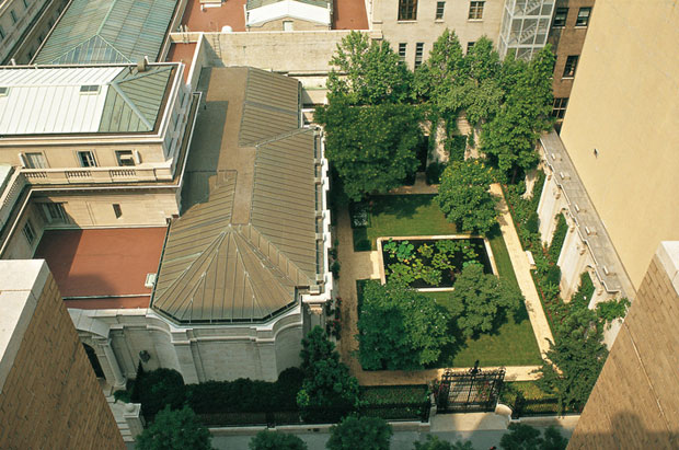 "Frick Museum Courtyard Garden from ""The Gardens of Russell Page"""
