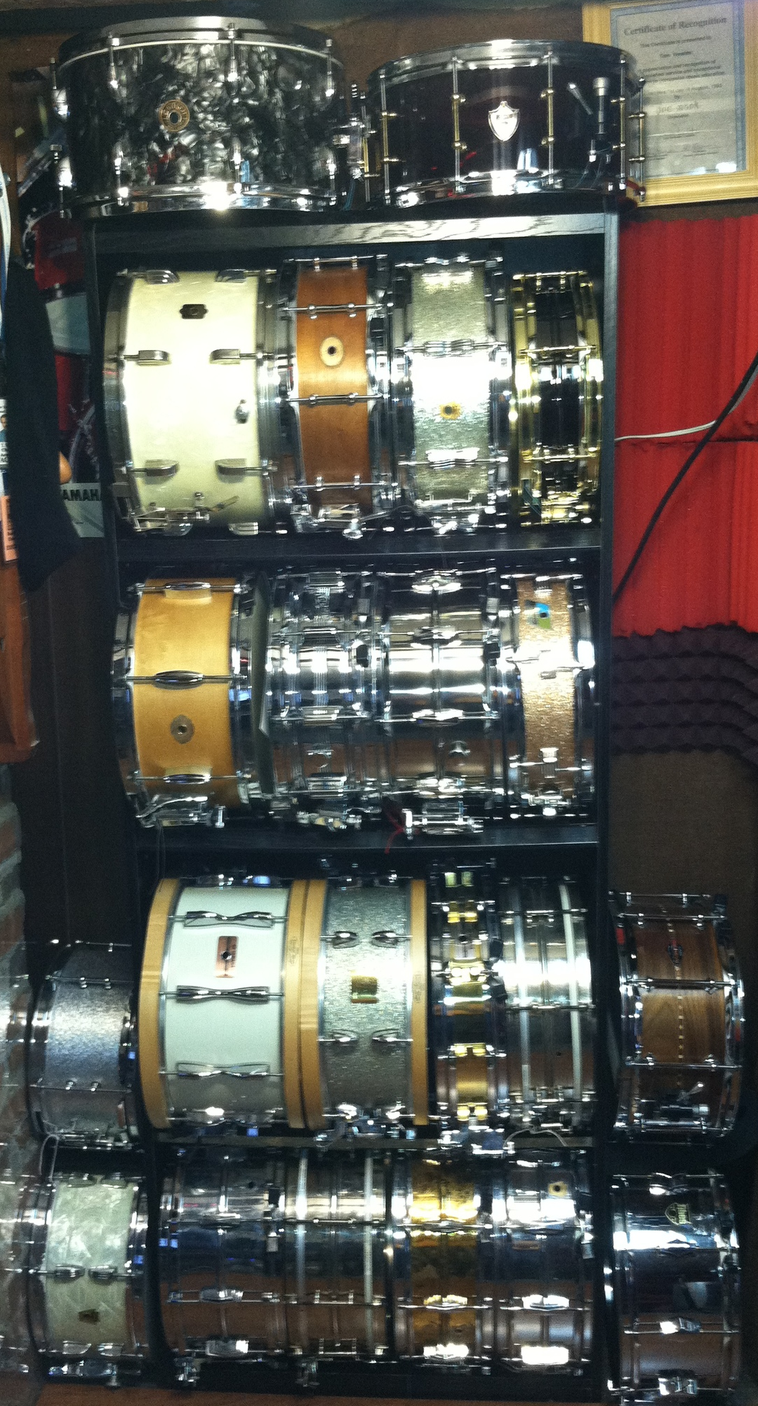 22 of 32 Snare Drums