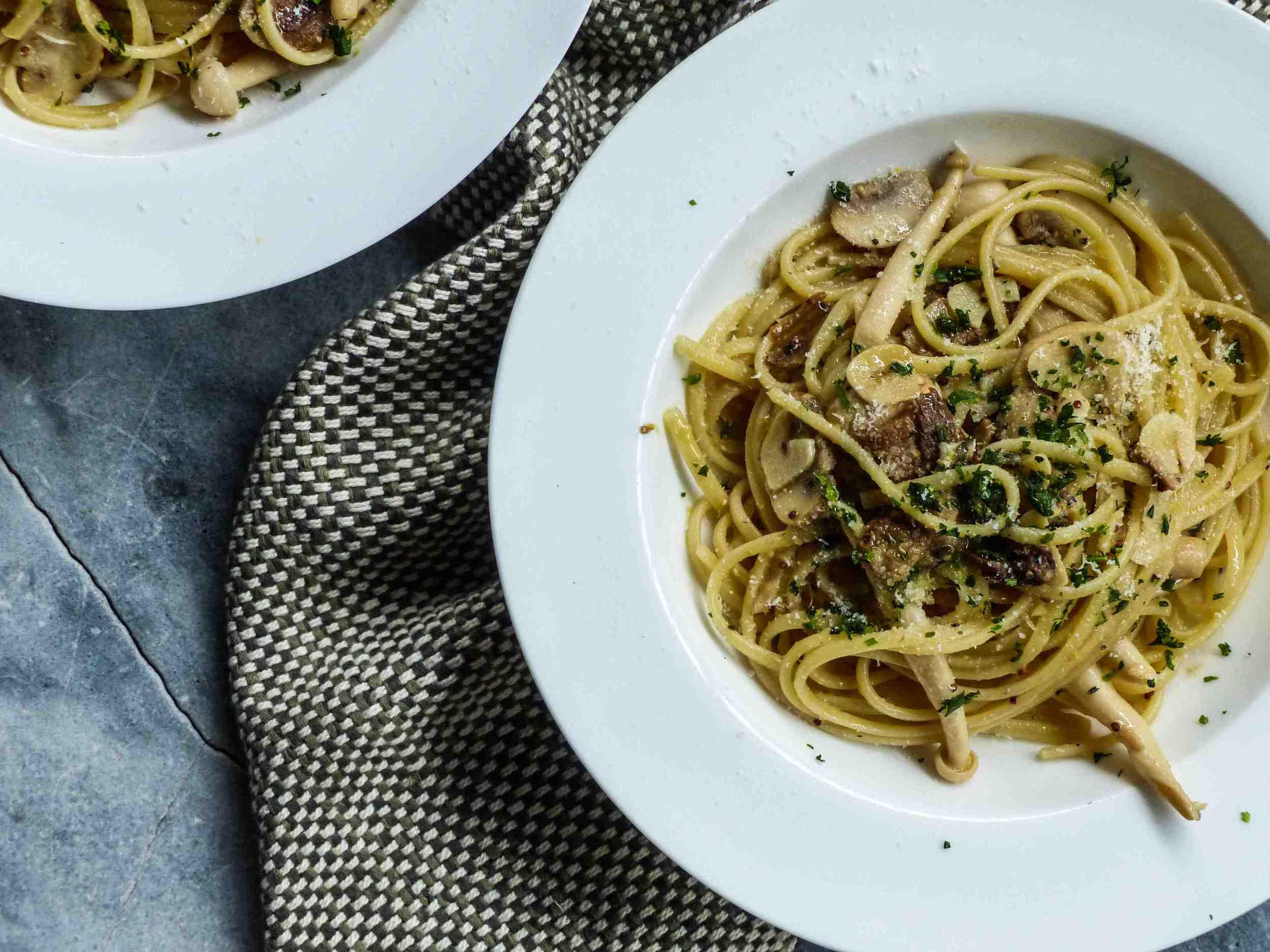 L1060987mixed mushrooms pasta in buttery mustard sauce-2.jpg