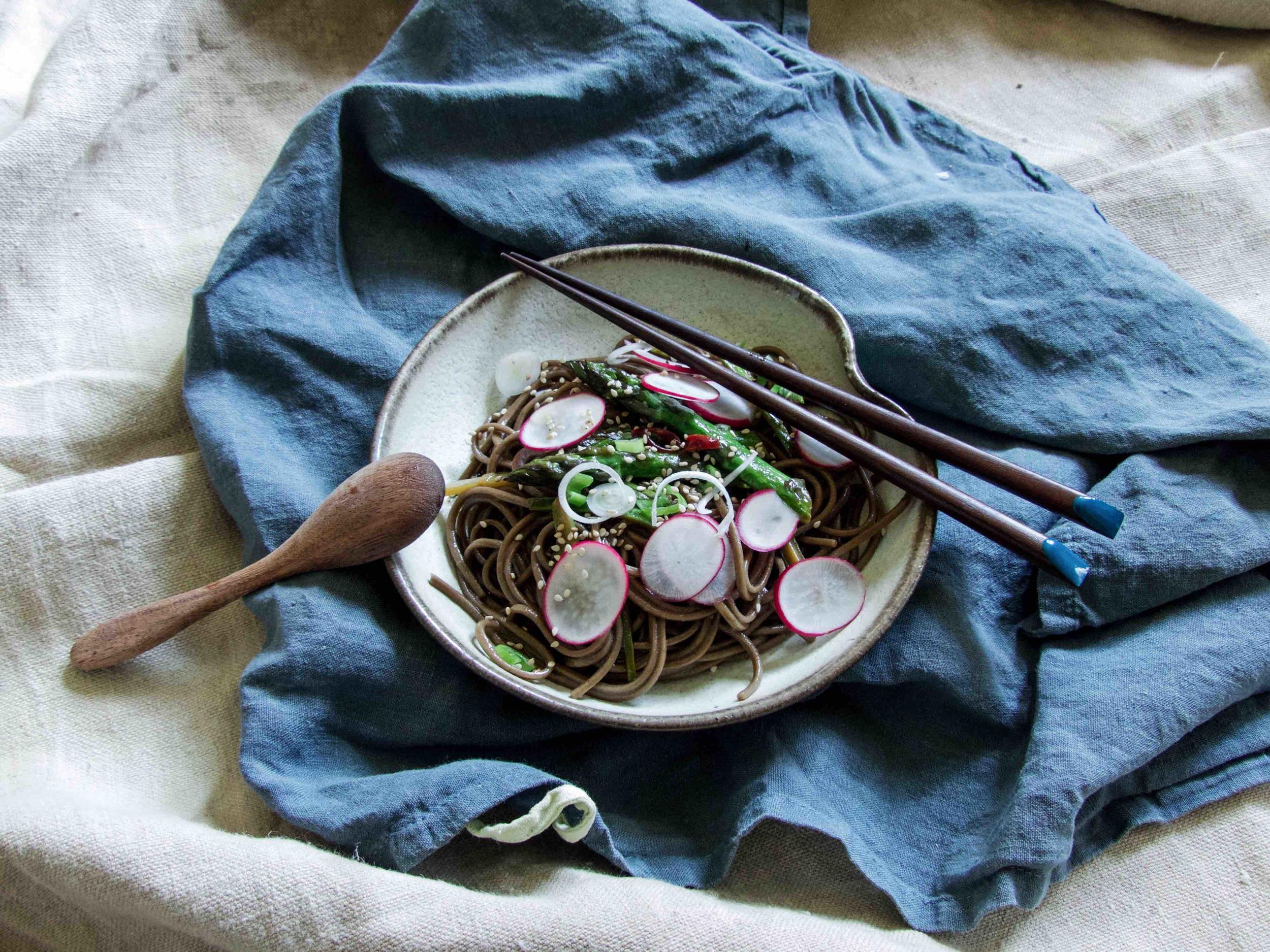Spicy Asparagus Soba Stir Fry