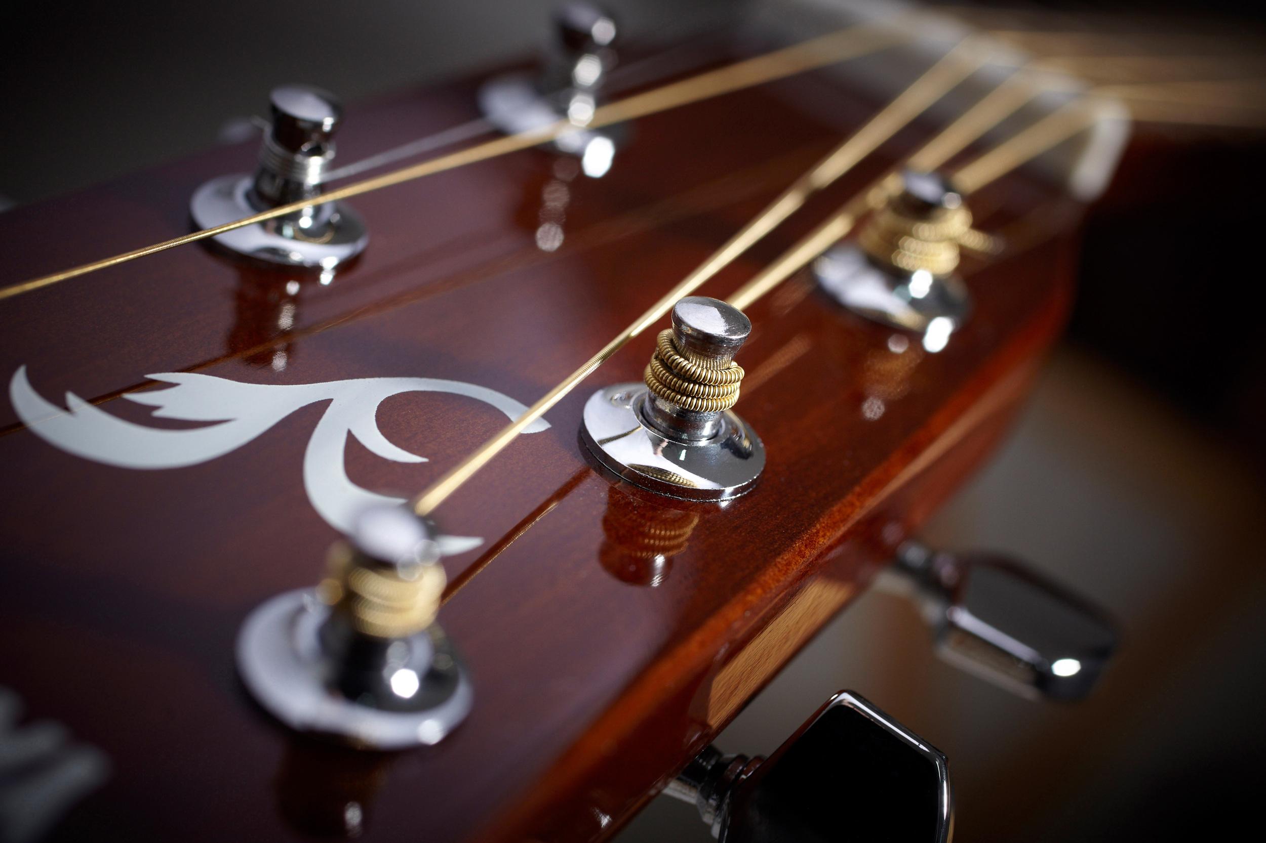 Guitar f.jpg