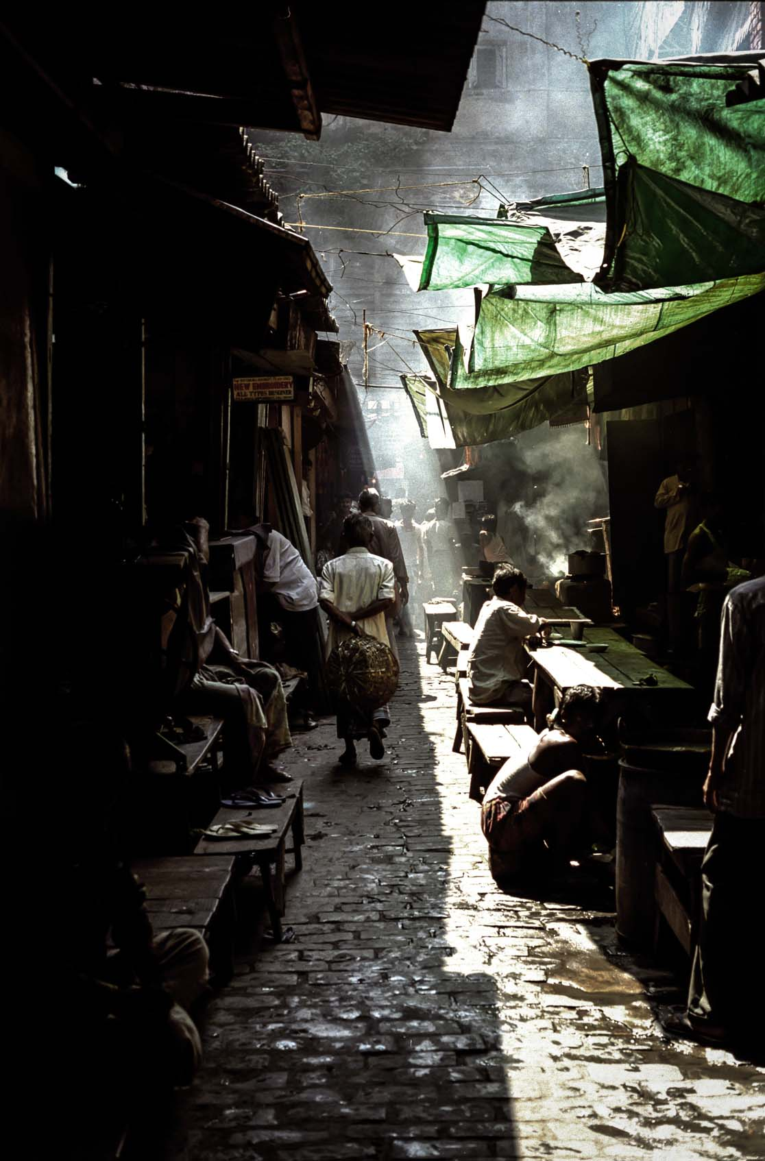 Backstreet market, Calcutta