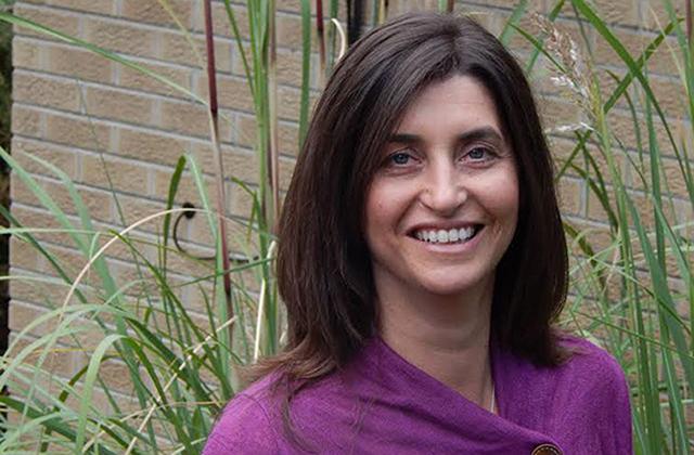 Julie Dooley, CEO de Julie's Natural Edibles.