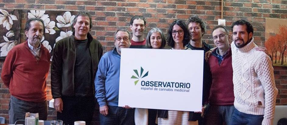 El equipo del Observatorio Español de Cannabis Medicinal.