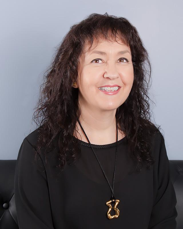 Mayte Vergara - Secretaria. Forma parte del equipo de S&F abogados desde el año 2012. Responsable de gestión administrativa y facturación del despacho.