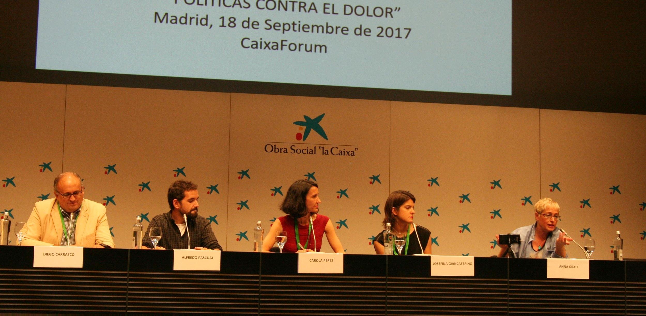La Mesa de Medios en la que diferentes periodistas debatieron sobre el papel de los medios a la hora de hablar de cannabis medicinal con Carola Pérez como moderadora.