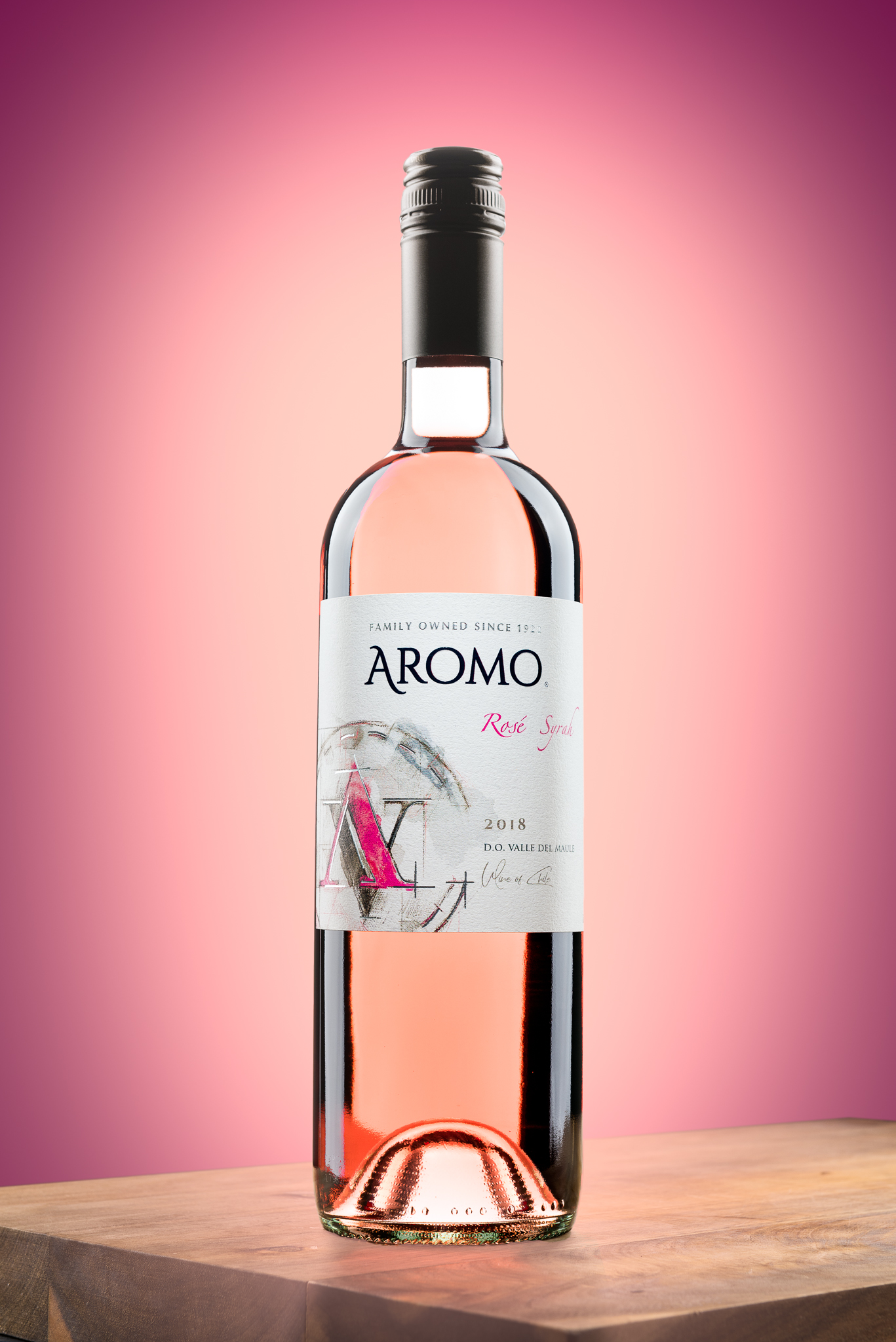 dusty-wooddell-product-photography-aromo.jpg