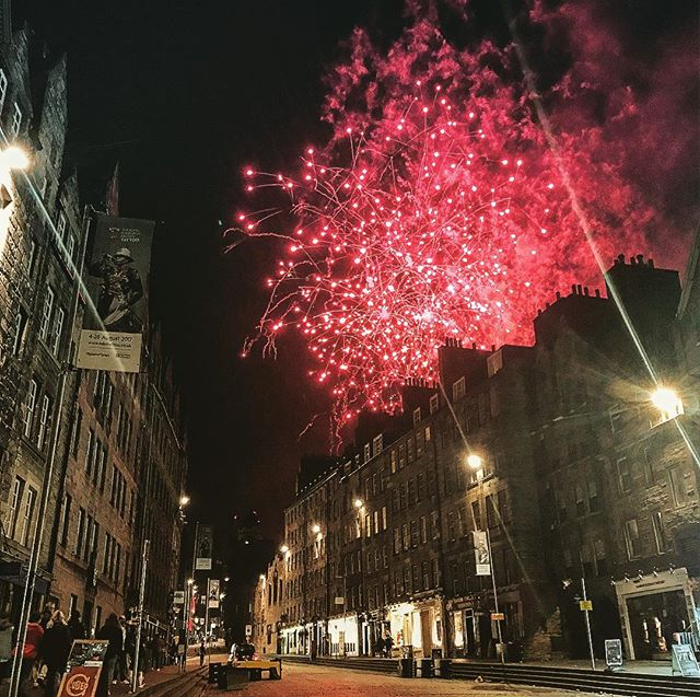 Wasn't going to watch the fireworks but caught them on my way home anyway. Thanks for the beautiful send off Edinburgh. 😍