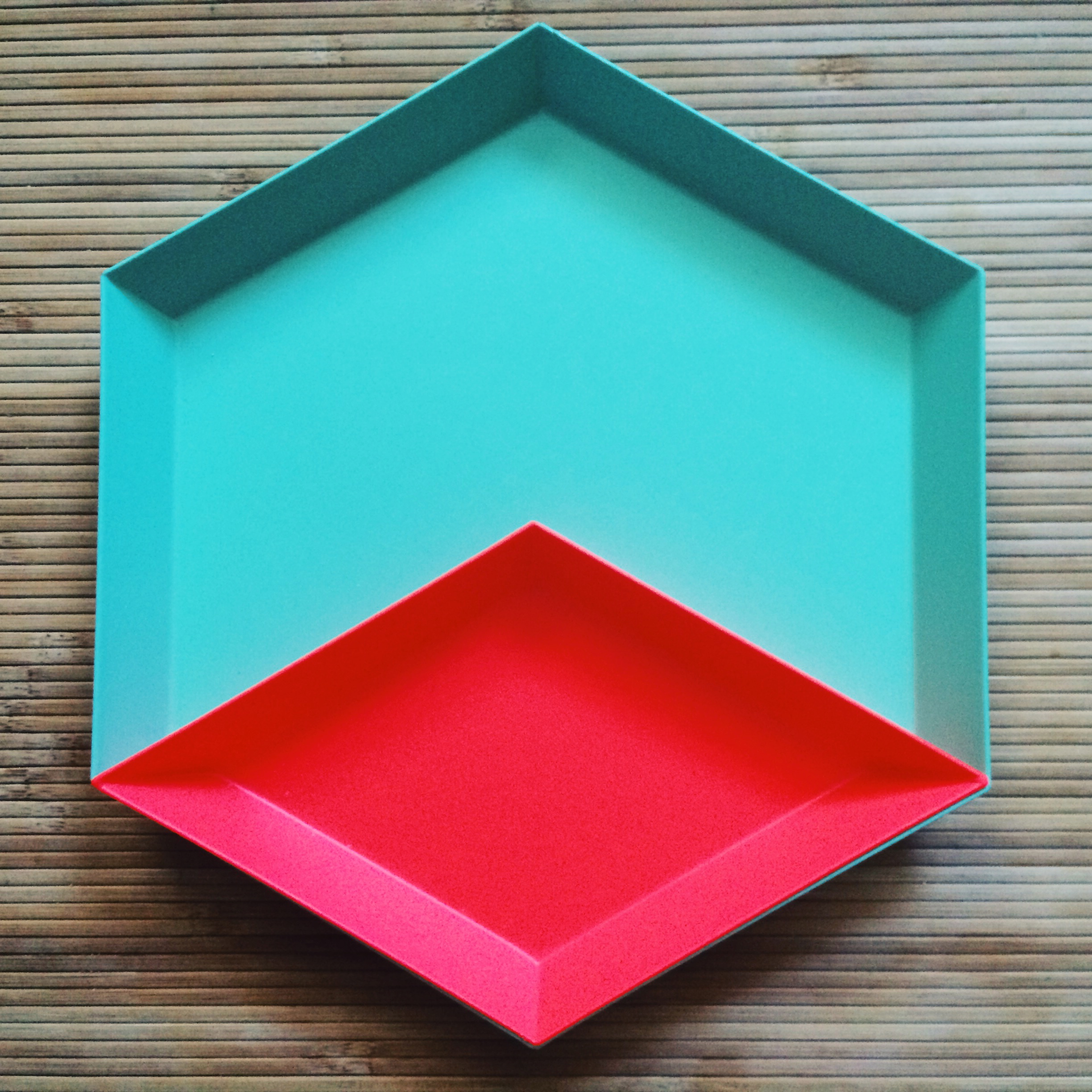 hay kaleido  trays, because this is the perfect color combination.