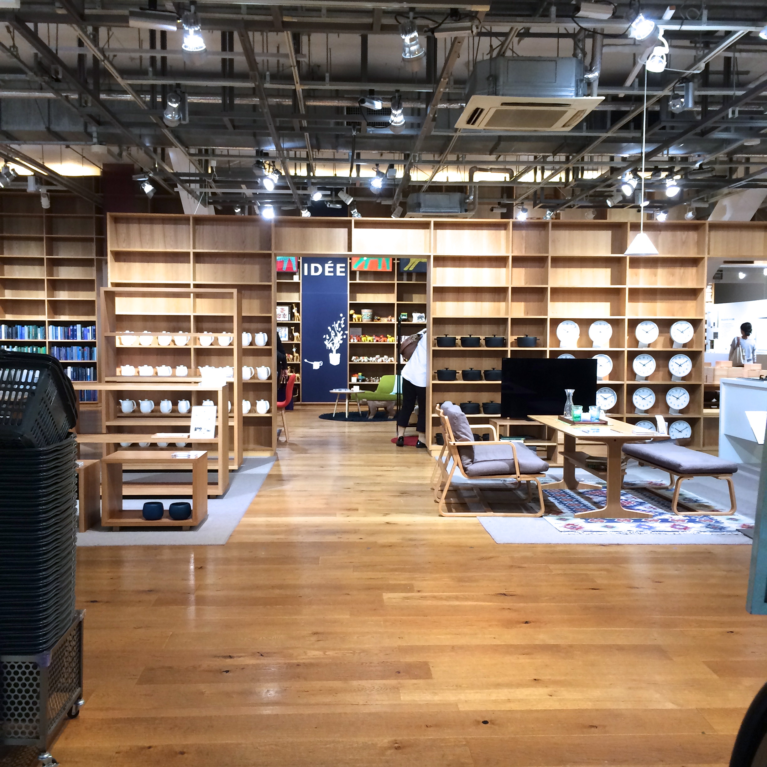 a wider view of the store, including some furniture they don't carry in the U.S.