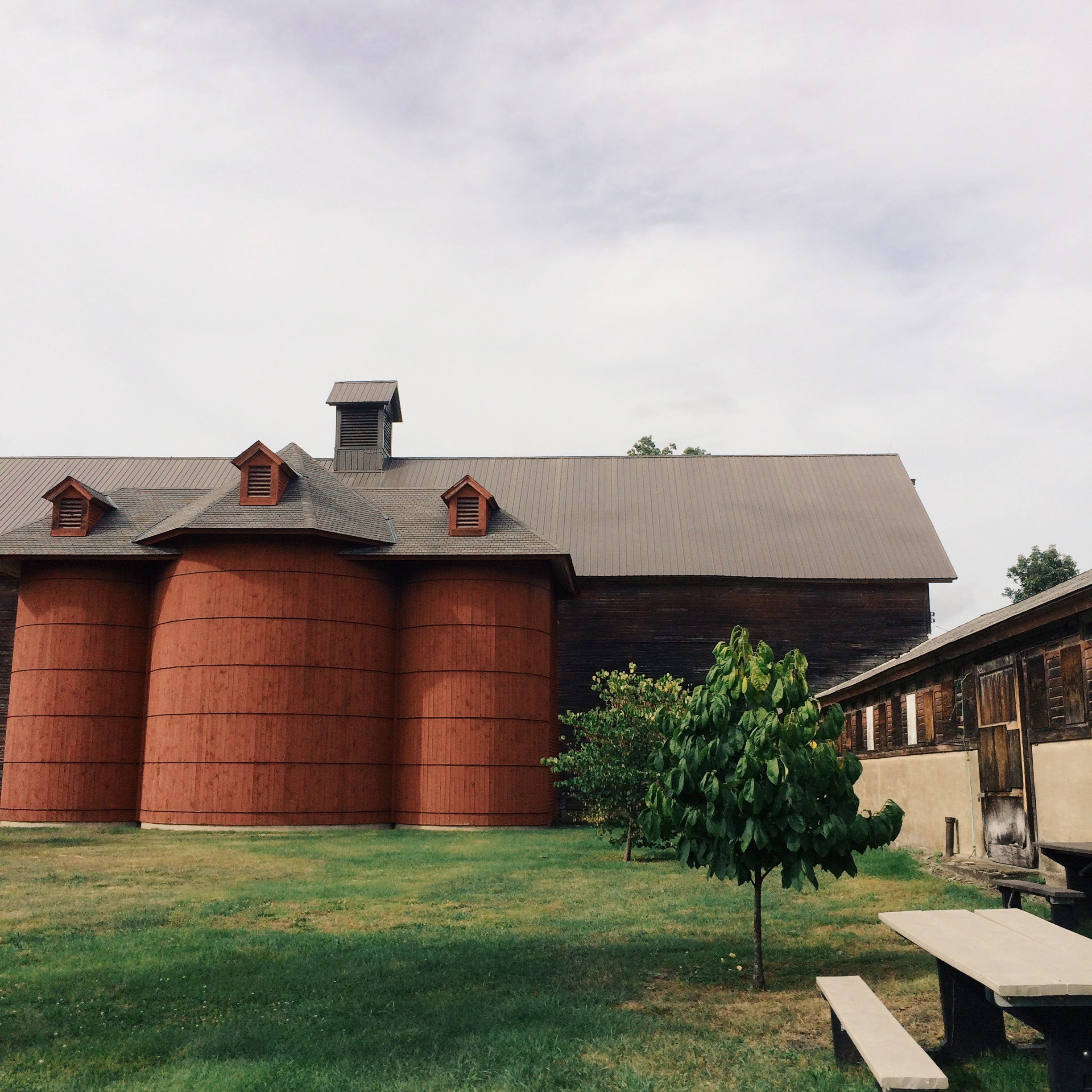poughkeepsie-farm-project-barn