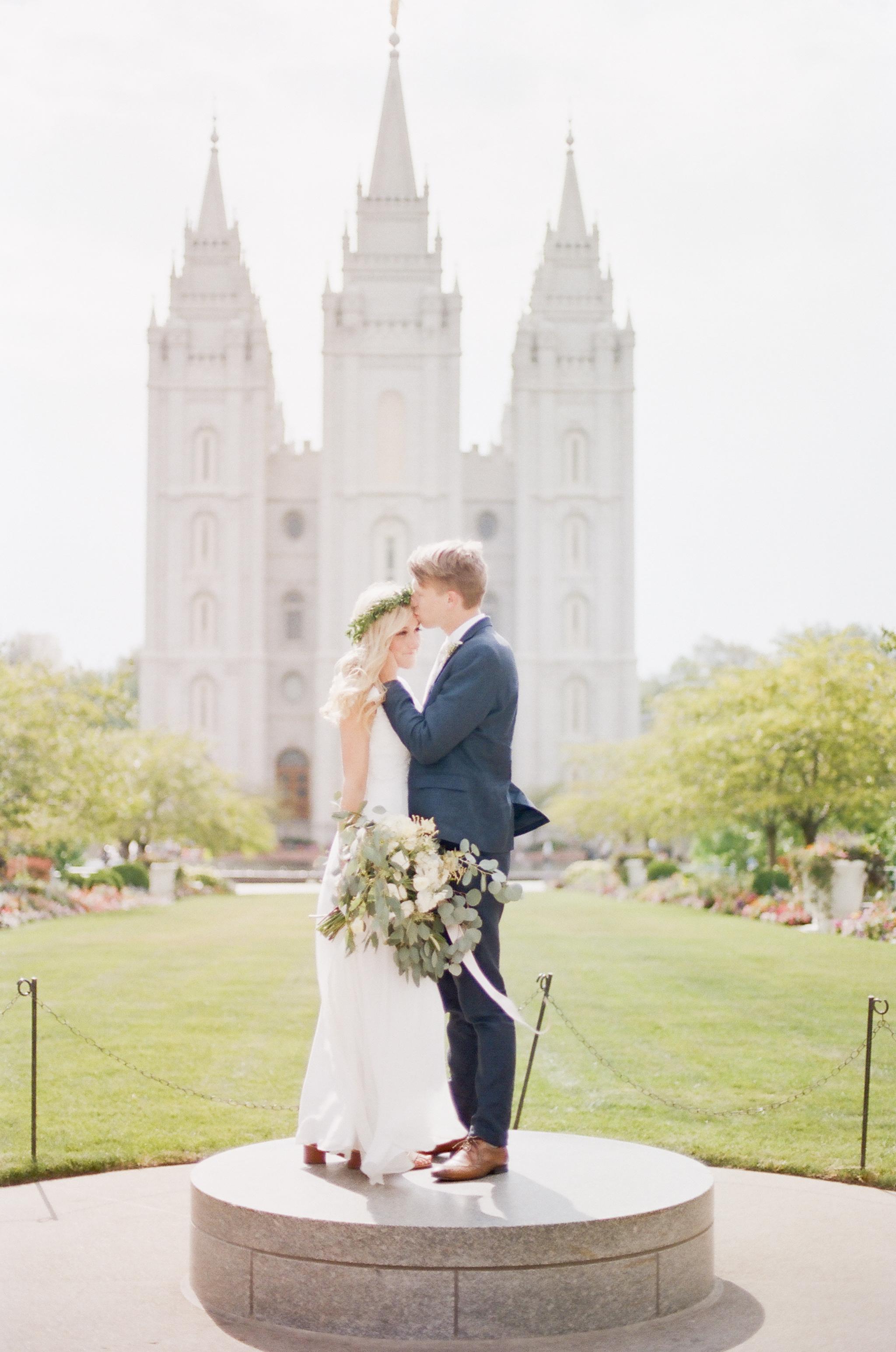 Wynona Benson Photography - Jaleisa & Logan Romantic Elegant Utah Wedding00056.jpg