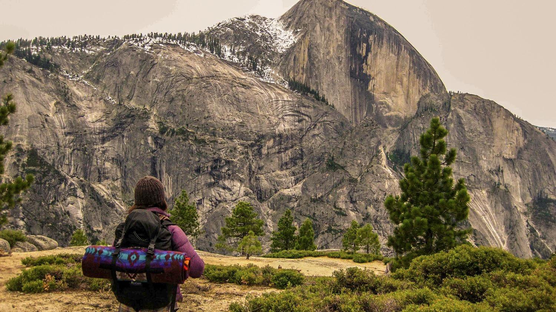 Her>Alpine Starts. Yosemite National Park, California.