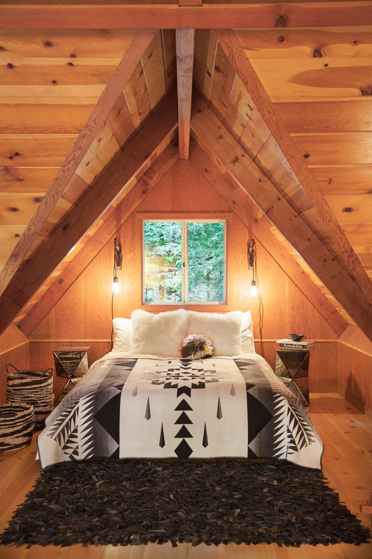 Sequoia House + Airstream  3 bdr / 2 bath
