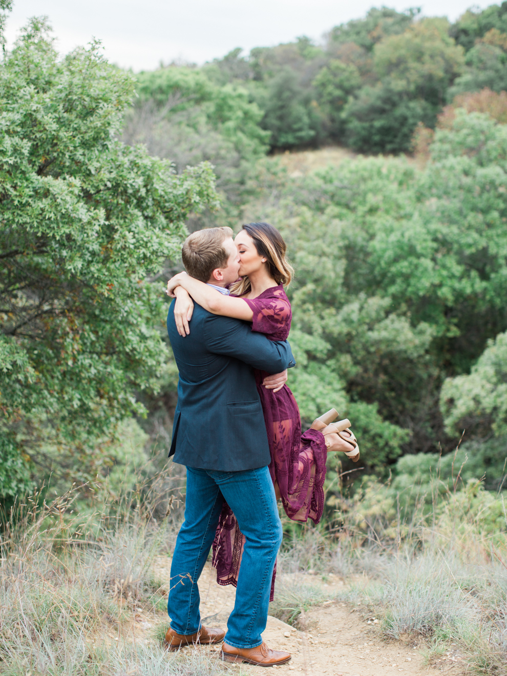 Fort Worth Lakeside Engagement_BrittLatzPhotography-11.jpg