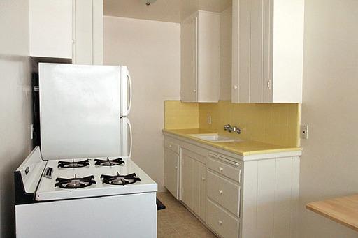 Del Valle - Kitchen 2.jpg