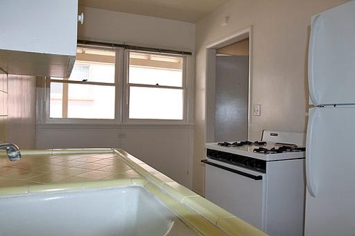 Del Valle - Kitchen.jpg