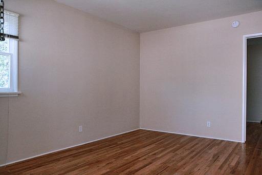 Del Valle - Living Room 2.jpg