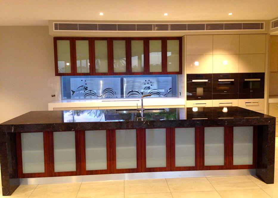 Dolphin Kitchen 4.jpg