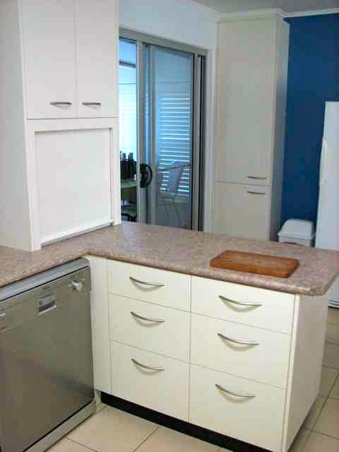 White Kitchen 11.jpg