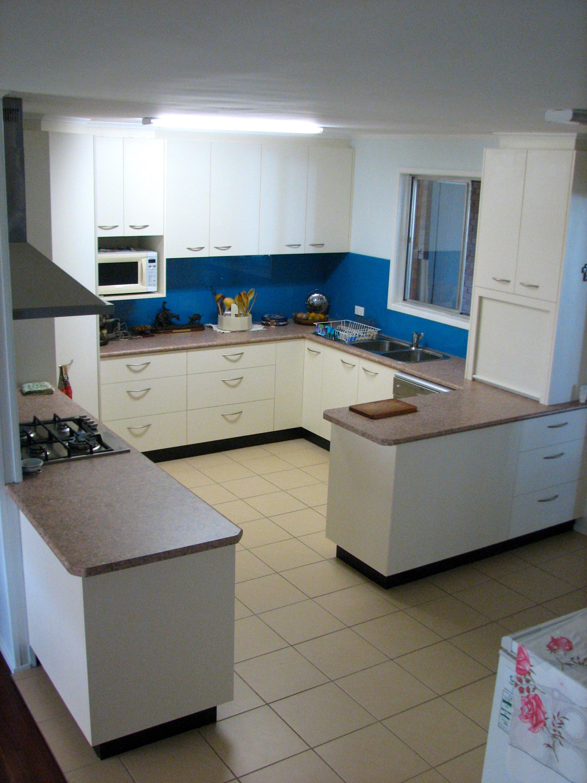 White Kitchen 5.jpg