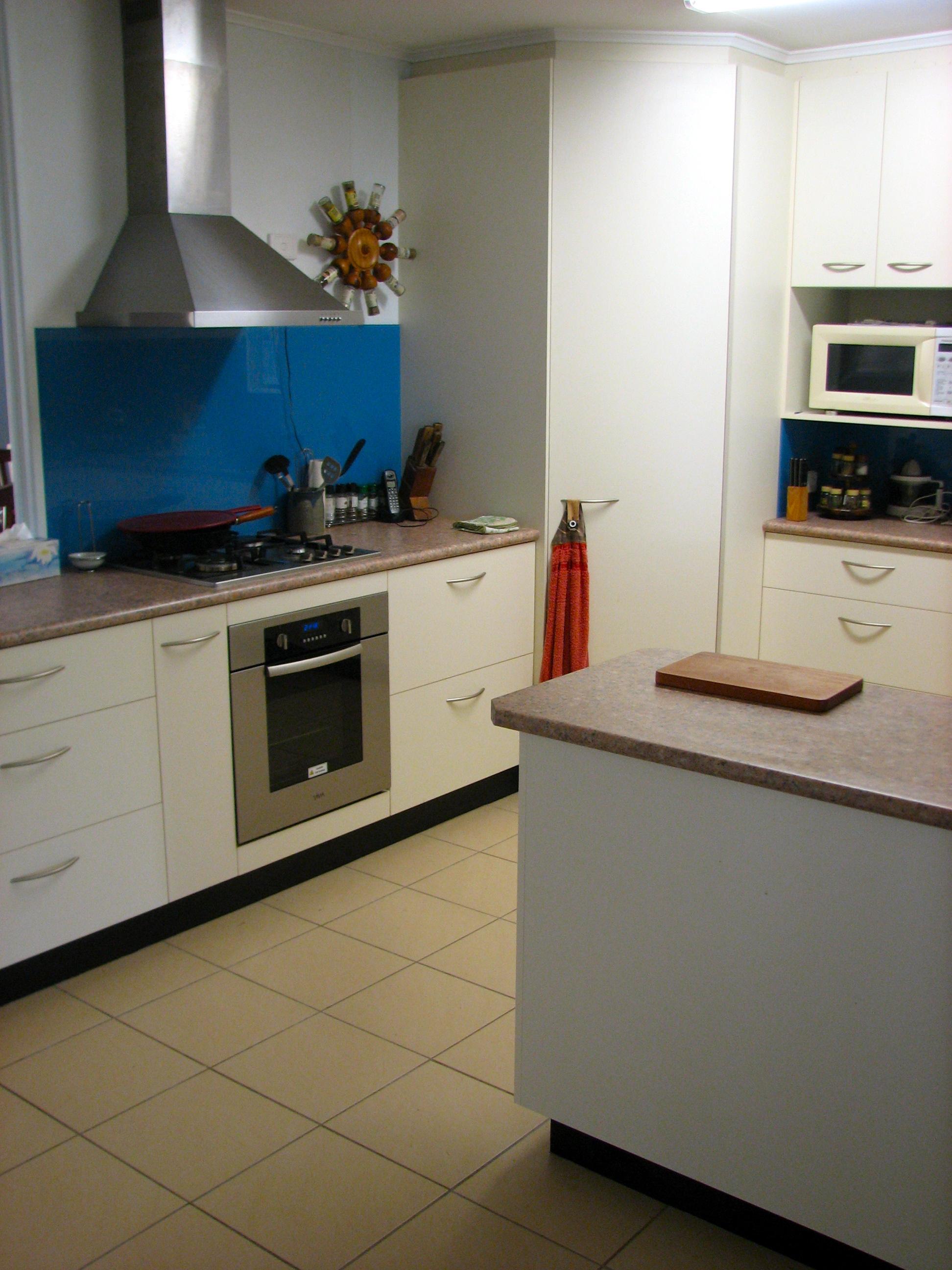 White Kitchen 14.jpg