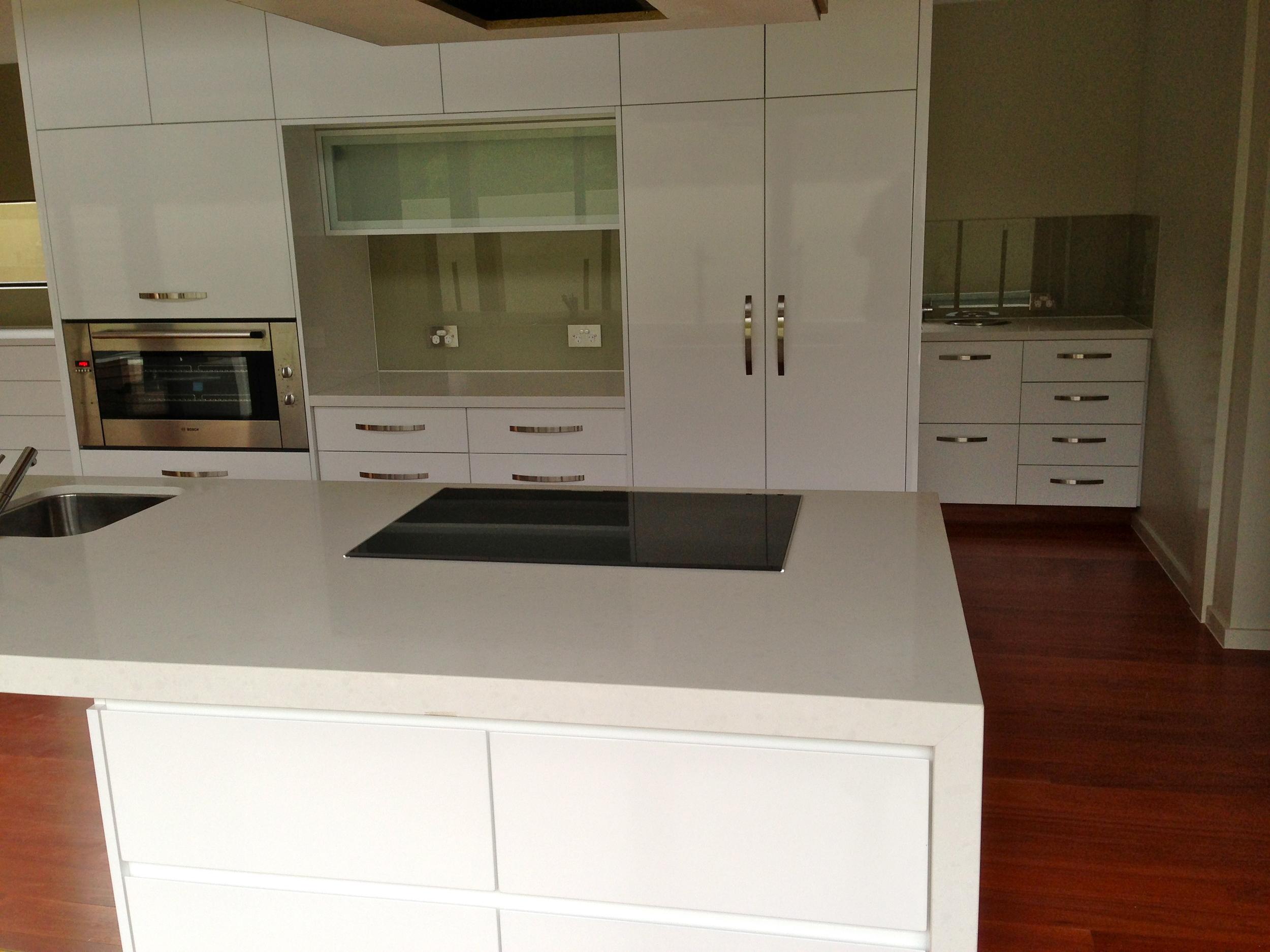 Centre Kitchen 3.JPG