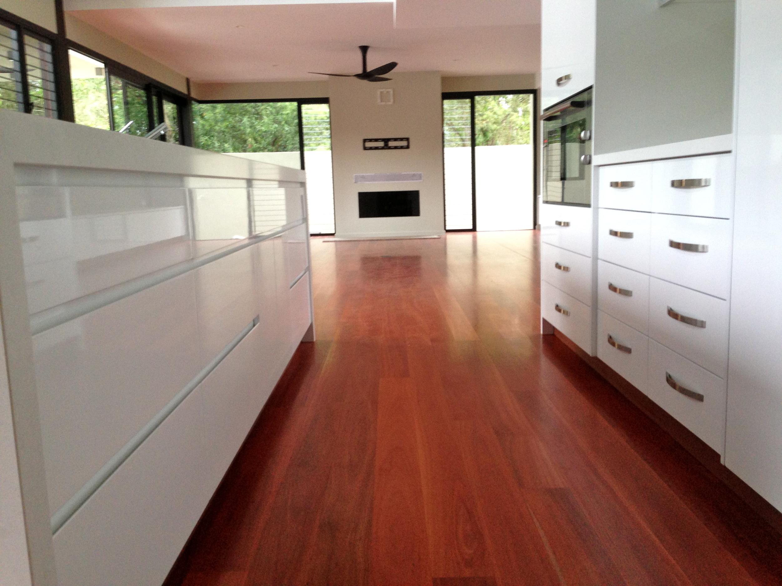 Centre Kitchen 5.JPG