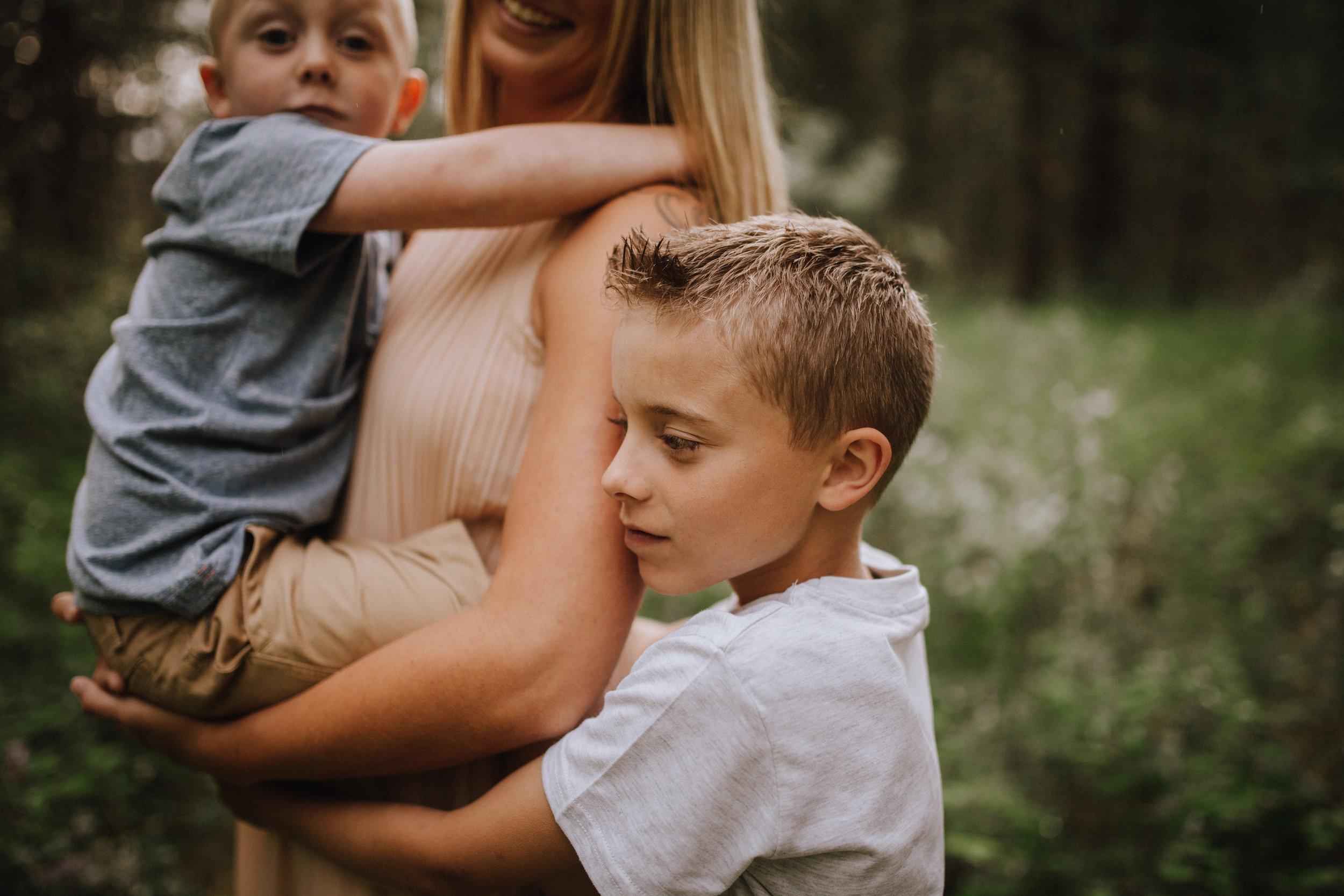 Randi and her boys-4.jpg